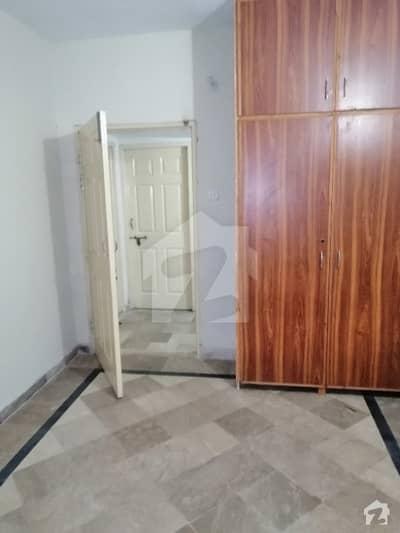 جی ۔ 6/2 جی ۔ 6 اسلام آباد میں 2 کمروں کا 3 مرلہ کمرہ 27 ہزار میں کرایہ پر دستیاب ہے۔