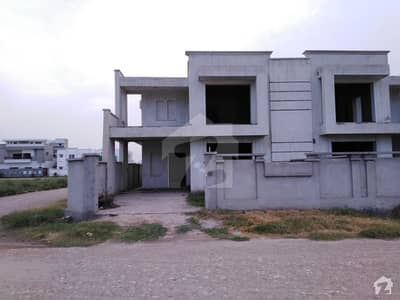 8.16 Marla House For Sale In Purana Shujabad Road