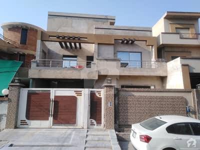2250  Square Feet House In Johar Town