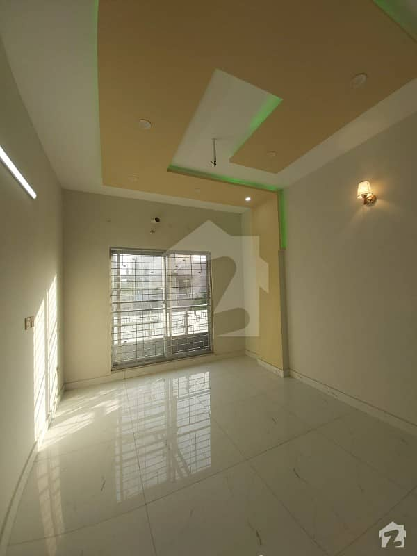 Upper Portion Of 2250  Square Feet In Pia Housing Scheme Is Available