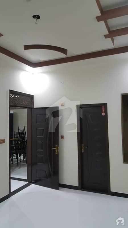 فیڈرل بی ایریا ۔ بلاک 16 فیڈرل بی ایریا کراچی میں 3 کمروں کا 6 مرلہ بالائی پورشن 95 لاکھ میں برائے فروخت۔