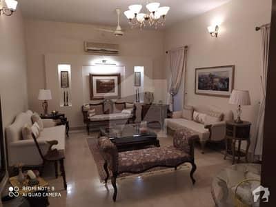 ڈی ایچ اے فیز 7 ڈی ایچ اے کراچی میں 4 کمروں کا 12 مرلہ مکان 6.25 کروڑ میں برائے فروخت۔