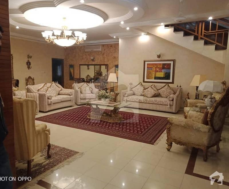 Tasteful 600 Sq Yard House 2 Plus 4 Bed Off Kh E Ghazi