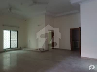 House Is Available For Sale In Johar Town