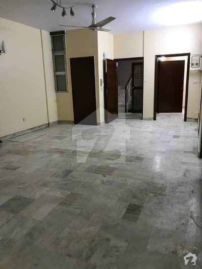 عامر خسرو کراچی میں 3 کمروں کا 7 مرلہ فلیٹ 65 ہزار میں کرایہ پر دستیاب ہے۔