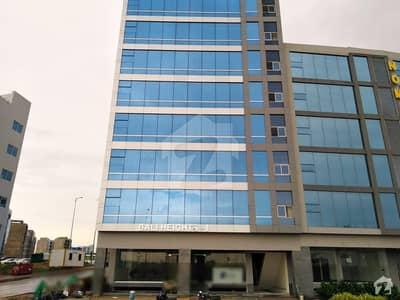 بحریہ مڈوے کمرشل بحریہ ٹاؤن کراچی کراچی میں 1 کمرے کا 3 مرلہ دفتر 45 لاکھ میں برائے فروخت۔