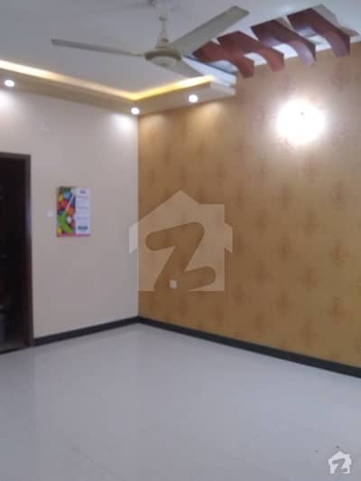 2nd Floor VIP Portion 3 Bed Dd Fb Area Block 12