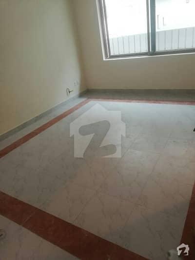 جی ۔ 14/1 جی ۔ 14 اسلام آباد میں 1 کمرے کا 1 مرلہ کمرہ 16 ہزار میں کرایہ پر دستیاب ہے۔