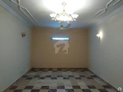 9 ایوینیو اسلام آباد میں 2 کمروں کا 4 مرلہ عمارت 5.75 کروڑ میں برائے فروخت۔