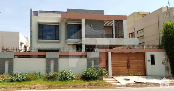 Defence Phase Vi 666 Square Yards Slightly Used Bungalow 5 Years Old For Sale