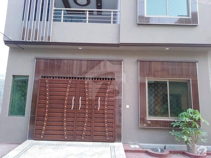 الرحمان گارڈن فیز 4 الرحمان گارڈن لاہور میں 5 کمروں کا 5 مرلہ مکان 1 کروڑ میں برائے فروخت۔