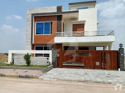 بحریہ گرینز بحریہ ٹاؤن راولپنڈی راولپنڈی میں 5 کمروں کا 11 مرلہ مکان 2.55 کروڑ میں برائے فروخت۔