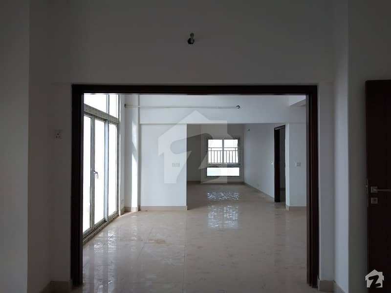 Brand New Comm 3 4 Bed Luxurious Apartment Available For Sale In Clifton Block 6