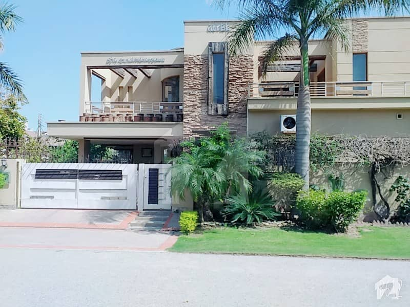 21 Marla Corner Luxurious Bungalow For Sale At Hot Location Of Phase 3 Dha