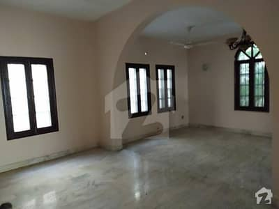 Classic Homes 4 Bedrooms Drawing Dinning Available For Rent In Block 5 Clifton
