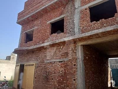 لہتاراڑ روڈ اسلام آباد میں 4 کمروں کا 8 مرلہ مکان 1 کروڑ میں برائے فروخت۔