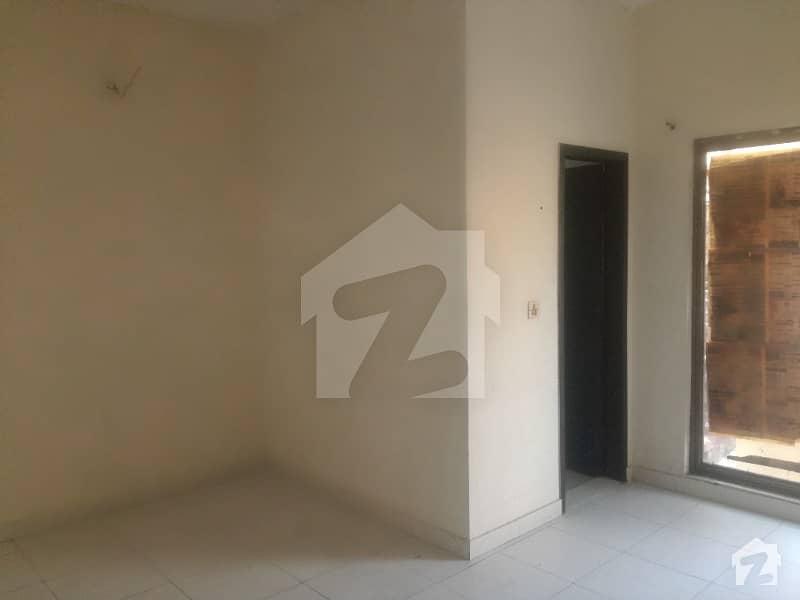 اسٹیٹ لائف ہاؤسنگ فیز 1 اسٹیٹ لائف ہاؤسنگ سوسائٹی لاہور میں 2 کمروں کا 10 مرلہ بالائی پورشن 25 ہزار میں کرایہ پر دستیاب ہے۔
