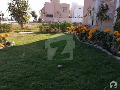 ڈی ایچ اے فیز 7 - بلاک ڈبلیو فیز 7 ڈیفنس (ڈی ایچ اے) لاہور میں 1 کنال رہائشی پلاٹ 2.75 کروڑ میں برائے فروخت۔