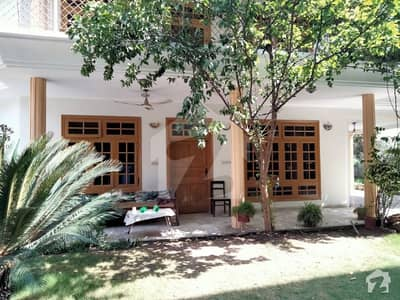 ورسک روڈ پشاور میں 6 کمروں کا 15 مرلہ مکان 3 کروڑ میں برائے فروخت۔