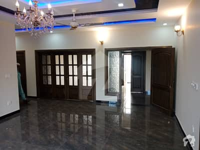 1 Kanal Beautiful Lower Portion For Rent In D12