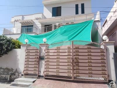 ماڈل ٹاؤن اے بہاولپور میں 6 کمروں کا 12 مرلہ مکان 2.7 کروڑ میں برائے فروخت۔
