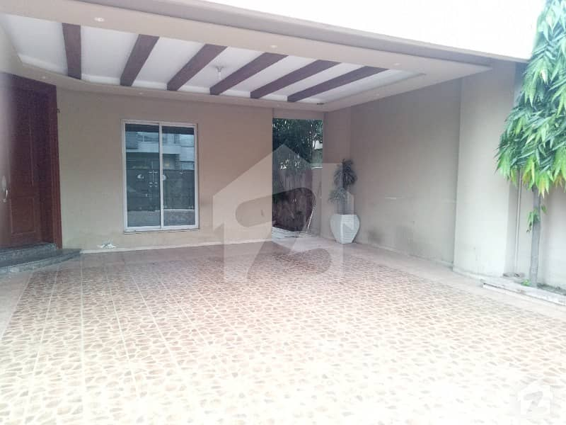 1 Kanal Beautiful Semi Furnished House Available In DHA Phase4 DDBlock