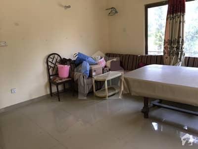 ایف ۔ 7 اسلام آباد میں 1 کمرے کا 4 مرلہ کمرہ 40 ہزار میں کرایہ پر دستیاب ہے۔