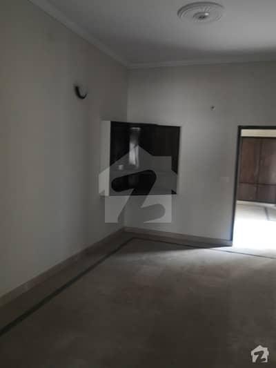 علی پارک کینٹ لاہور میں 3 کمروں کا 4 مرلہ مکان 38 ہزار میں کرایہ پر دستیاب ہے۔