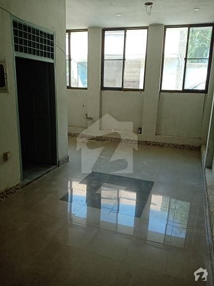 سوِل لائنز جھنگ میں 4 کمروں کا 5 مرلہ مکان 1.15 کروڑ میں برائے فروخت۔