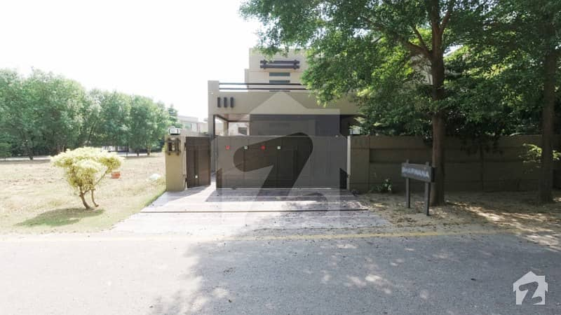 Luxurious 1 Kanal Owner Build Furnished House With Basement For Sale In Phase 1 D H A Lahore