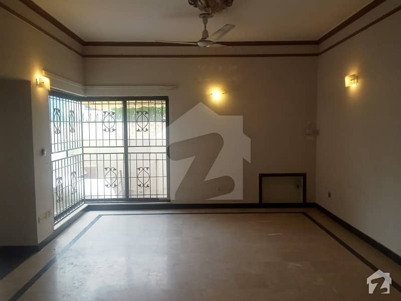 Superb Location 1 Kanal Lower Portion For Rent In Low Budget
