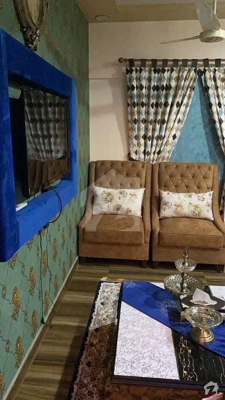 نشاط کمرشل ایریا ڈی ایچ اے فیز 6 ڈی ایچ اے کراچی میں 2 کمروں کا 5 مرلہ فلیٹ 1.2 کروڑ میں برائے فروخت۔