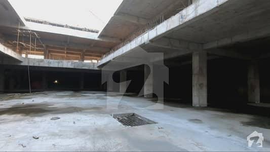 خواجہ صفدر روڈ سیالکوٹ میں 1 مرلہ دکان 81 لاکھ میں برائے فروخت۔