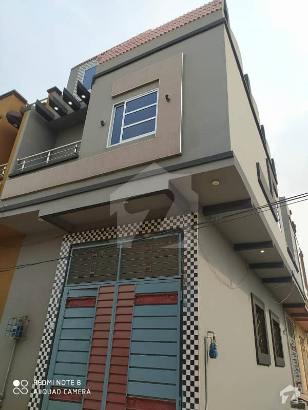 مُعیز ٹاؤن ہربنس پورہ لاہور میں 3 کمروں کا 2 مرلہ مکان 48 لاکھ میں برائے فروخت۔