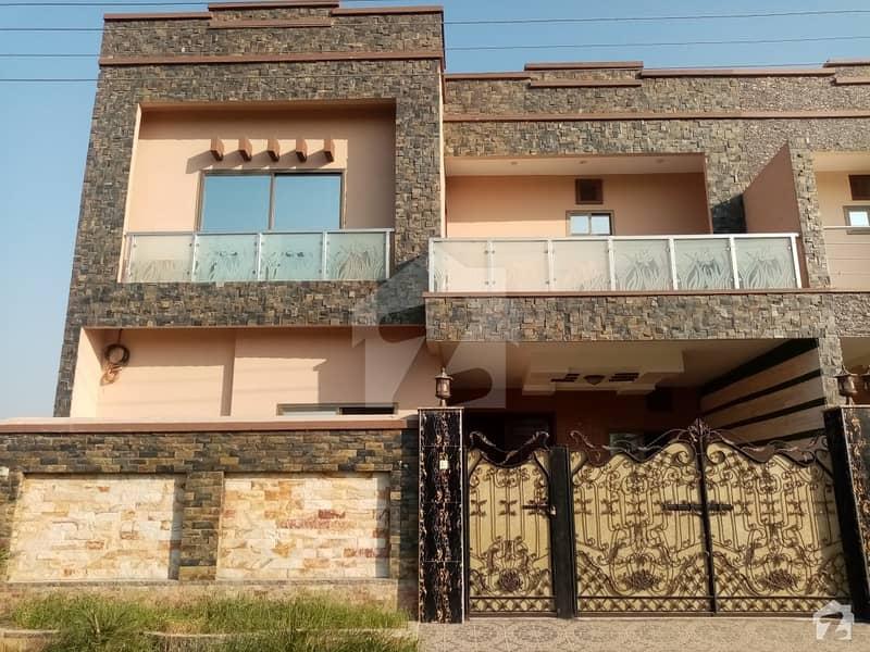Khayaban-e-Manzoor House Sized 6 Marla
