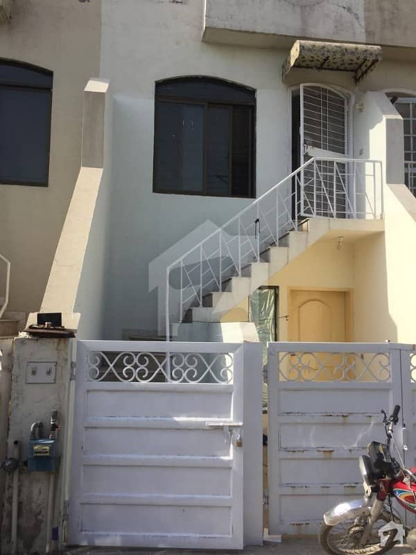 Apna Estate And Builders Offer Apartment For Rent
