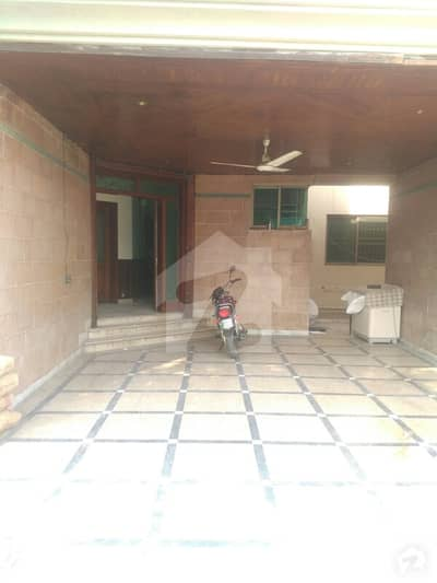 1 Kanal Lower Portion For Rent In Model Town Proper