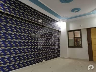 جمشید روڈ کراچی میں 2 کمروں کا 4 مرلہ فلیٹ 32 ہزار میں کرایہ پر دستیاب ہے۔