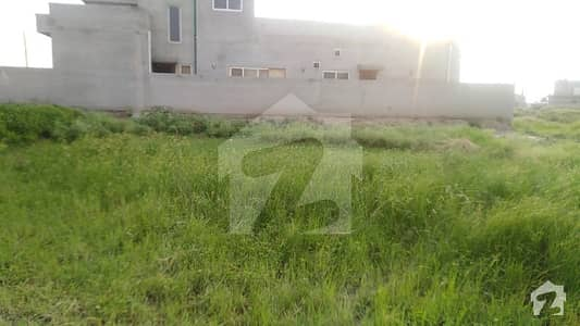 1 Kanal Pair 91 And 92 Back To Main Road Level Plots For Sale In Lda Avenue Block B