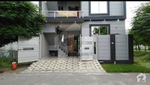 Brand New House 3 Floor 50 Wide Road Hot Location Near Parka Nd Main Road
