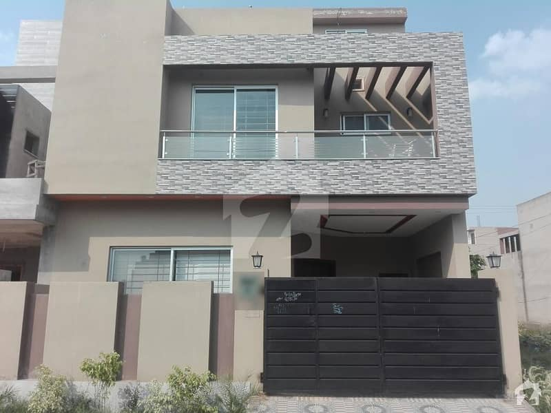 5 Marla House In State Life Housing Society Is Available For Sale