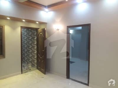 Abul Hassan Isphani Road Flat Sized 1500  Square Feet For Sale