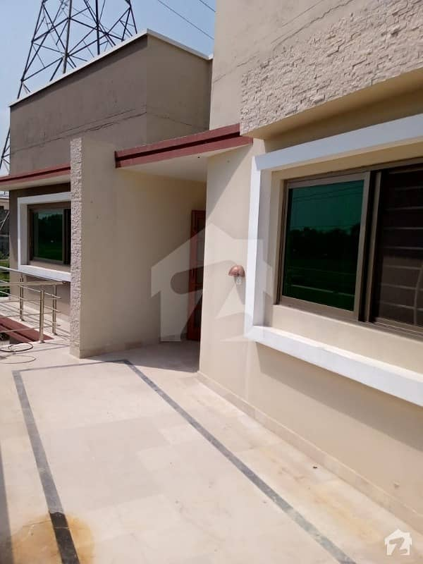 14 Marla Brand New Beautiful Portion For Rent