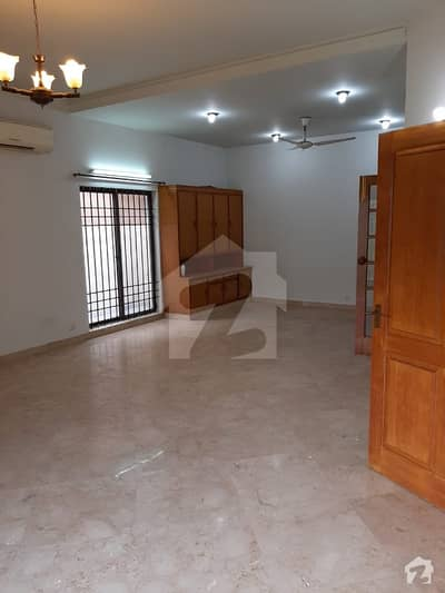 666 Sq Yards House For Sale