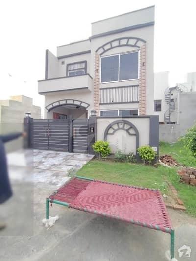 سٹی ہاؤسنگ سوسائٹی - بلاک بی سٹی ہاؤسنگ سوسائٹی سیالکوٹ میں 3 کمروں کا 5 مرلہ مکان 43 ہزار میں کرایہ پر دستیاب ہے۔