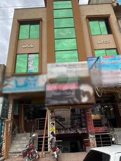 غوری ٹاؤن فیز 4 بی غوری ٹاؤن اسلام آباد میں 6 کمروں کا 5 مرلہ عمارت 3.7 کروڑ میں برائے فروخت۔