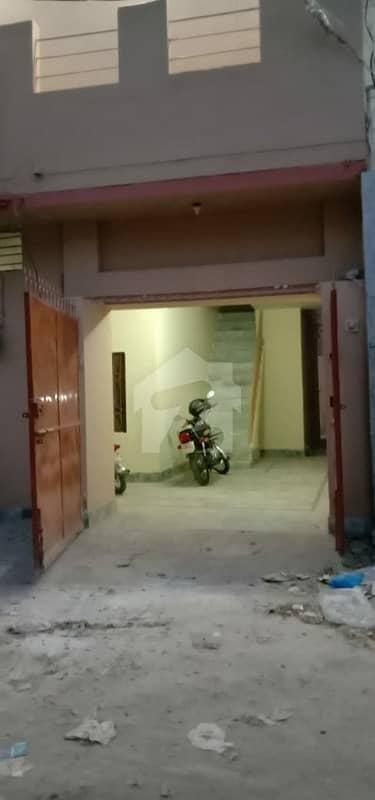 گلشن مارکیٹ ملتان میں 6 کمروں کا 7 مرلہ مکان 1.45 کروڑ میں برائے فروخت۔