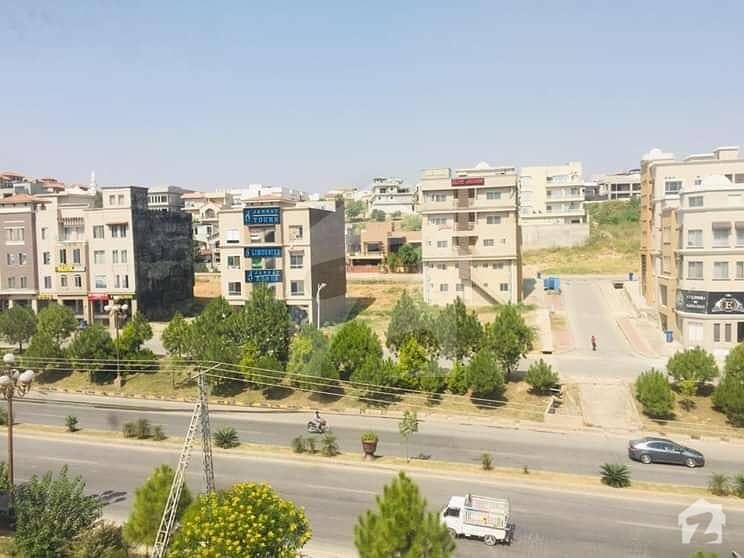 A Beautiful Neat And Clean 2 Bed Apartment Bays Business Available For Sale