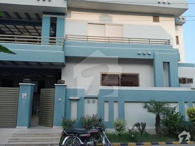 جی ٹی روڈ وزیرآباد میں 5 کمروں کا 10 مرلہ مکان 2.65 کروڑ میں برائے فروخت۔