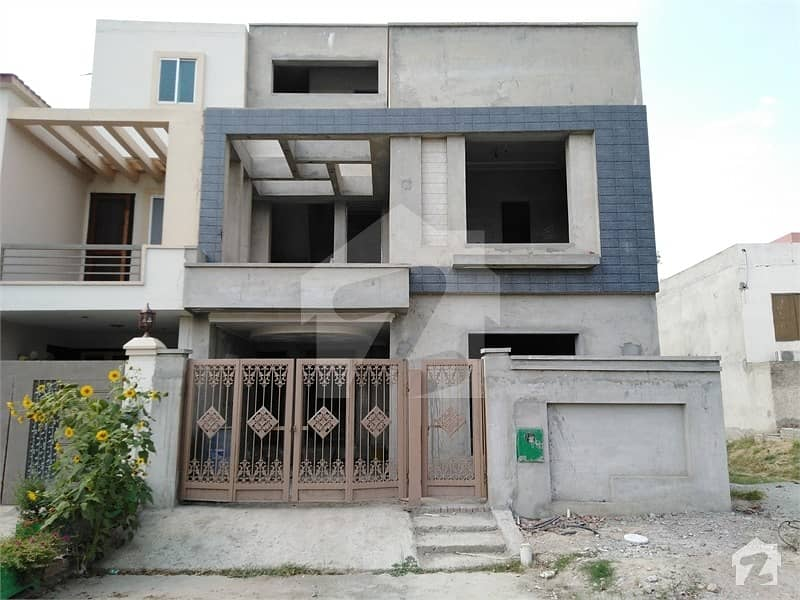 House Available For Sale In Bahria Nasheman